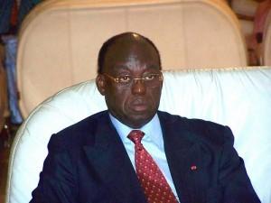 URGENT : La Police Tire Sur Moustapha Niasse À Marius Ndiaye