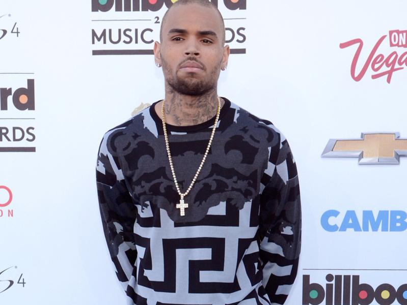 Chris Brown accusé d'agression par une femme