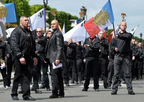 Cinq membres de Troisième Voie en garde à vue pour une agression raciste à Agen