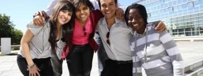 L'égalité à la française: étudiants étrangers et étudiants français