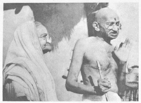 Parler de Mahatma Gandhi, c'est aussi parler de sa femme Kasturba Gandhi