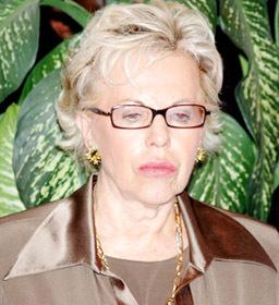 A Viviane Wade:  Comment va le président Wade ?