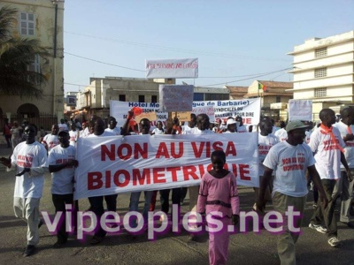 Marche contre les visas pour les étrangers : Des travailleurs du secteur touristique disent NON !