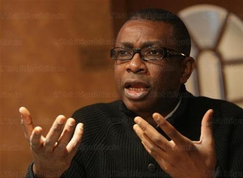 Youssou Ndour et le Gr Pathé Seck vers la sortie !