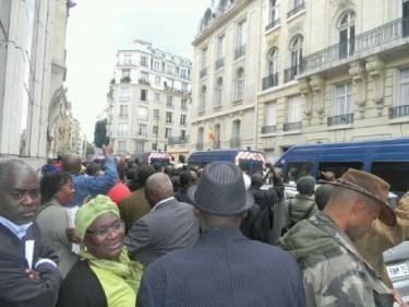 Consulat de Paris. Les Sénégalais râlent aussi