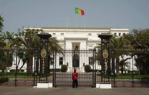 Communication du palais: Macky Sall engage un français