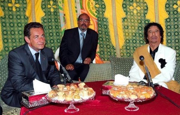 Voici une photo qui dérange la France: Une photo qui immortalise leur entente!