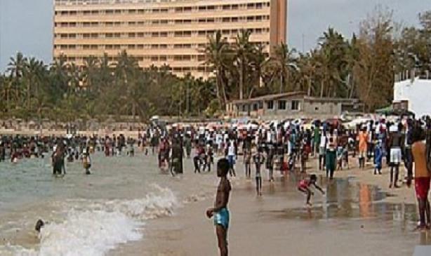 Arrivée de la canicule : Les plages, même celles interdites, prises d'assaut
