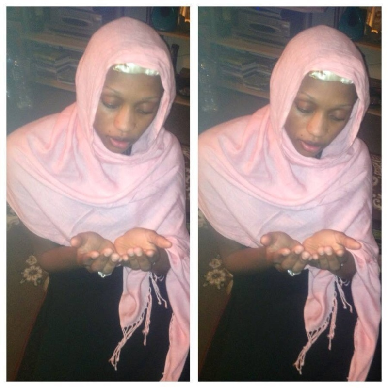 Nogi Dieng: Tantôt elle est pieuse pendant le mois de Ramadan, tantôt elle est avec son verre de vin