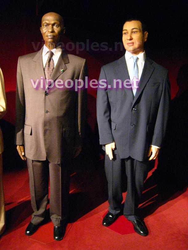 Abdoulaye Wade et Mohammed VI, les premiers mannequins africains de Cire au Musée Grévin !