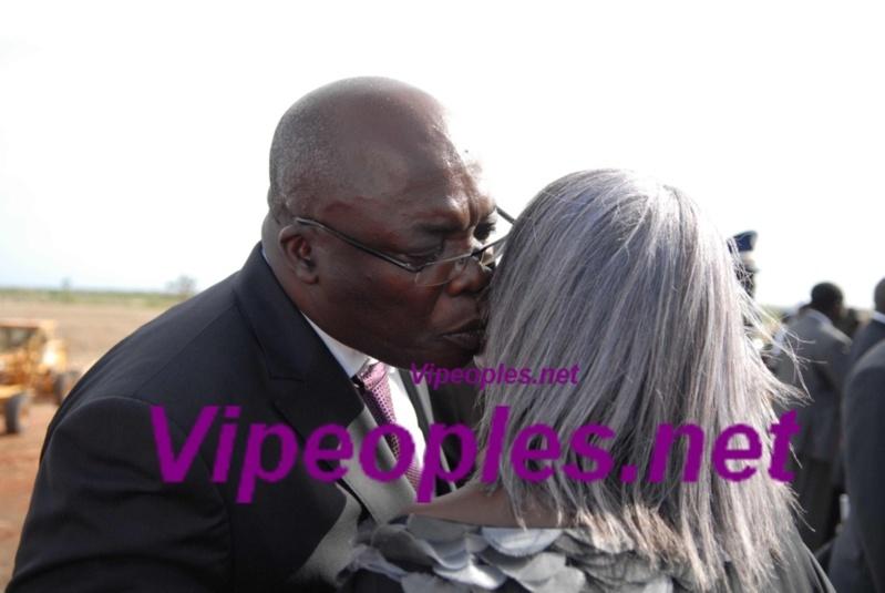"""Le Ministre de la Culture à Aminata Niane: """"Vous-êtes toujours belle"""""""