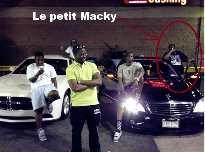Exclusivité: Argent, champagne et voiture, Regardez la bamboula des fils de Macky et de Idy
