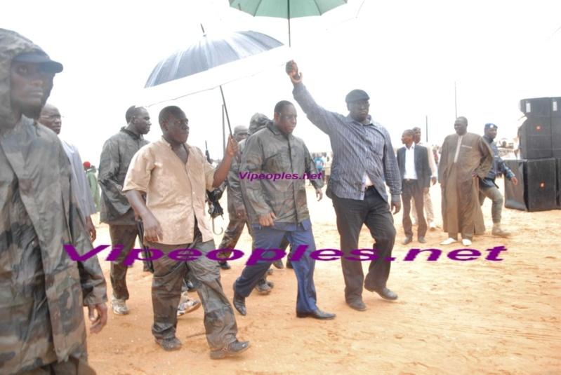 IL pleut sur le président Macky Sall