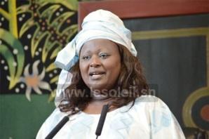 Bagarre pour de l'argent: La députée Awa Sow frappe et griffe la Présidente des femmes de l'APR
