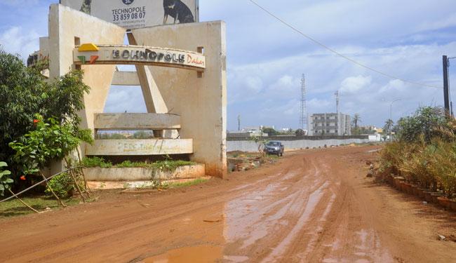 A bord d'un taxi clando: Abdou Aziz Diakhaté et Galaye Cissé conduisaient leur clientèle féminine vers Technopôle, les violaient puis les agressaient
