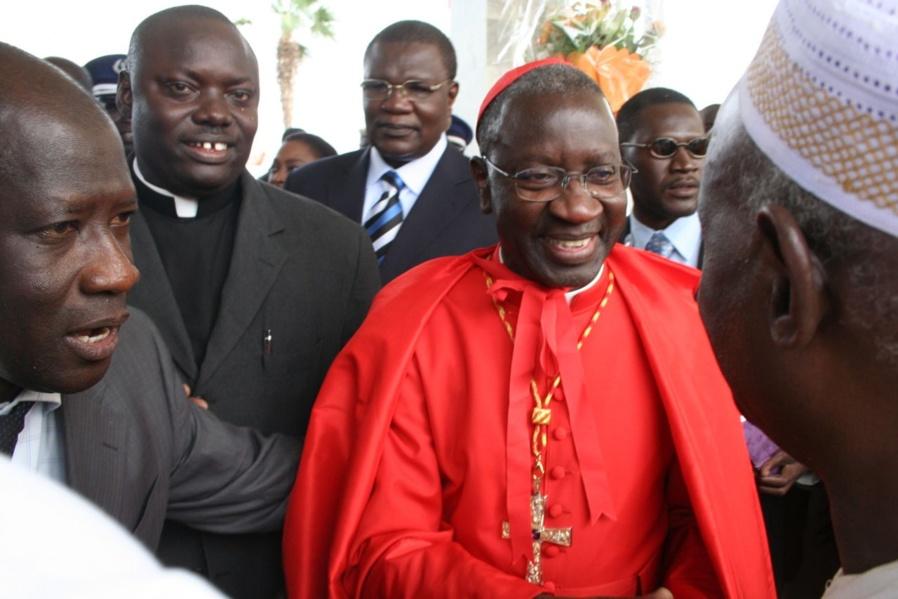 Le Cardinal Théodore Adrien Sarr envoie ses quatre « frères » en prison