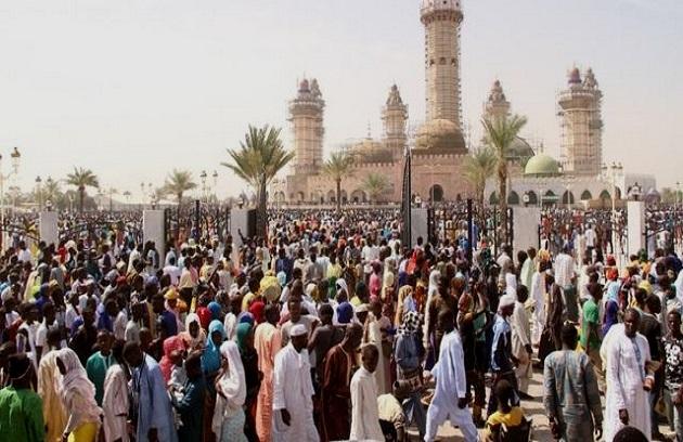 Célébration du Magal de Touba : Moustapha Diop, le ministre de l'industrie et des PME avait gratuitement convoyé des pèlerins