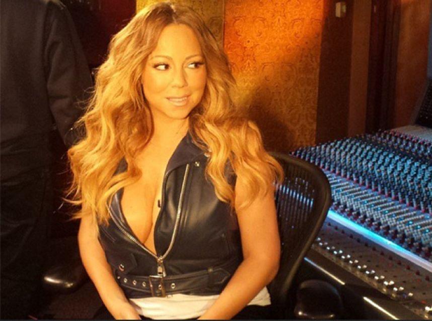 Mariah Carey priée de se rhabiller par ses fans