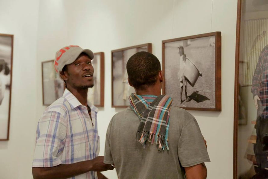 [IMAGES]] L'exposition photos au Goethe Institut de Mamadou Gomis et de Simone Gilges, une vraie réussite!