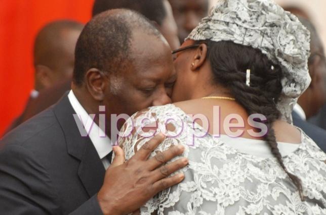 A quand un baiser de Mr et Mme Sall pareil à celui de Mr et Mme OUATTARA