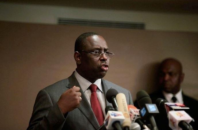 SENEGAL -  Depuis le Koweït, Macky pique une colère et décide de dissoudre Macky 2012