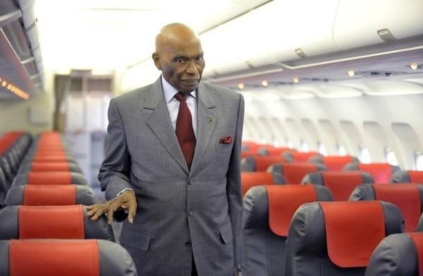 Retour en Afrique: Me Wade à Kampala