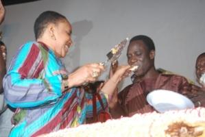 Le vrai nom de la nouvelle femme de Thione est Ndeye Marie Diop au lieu de Thiam