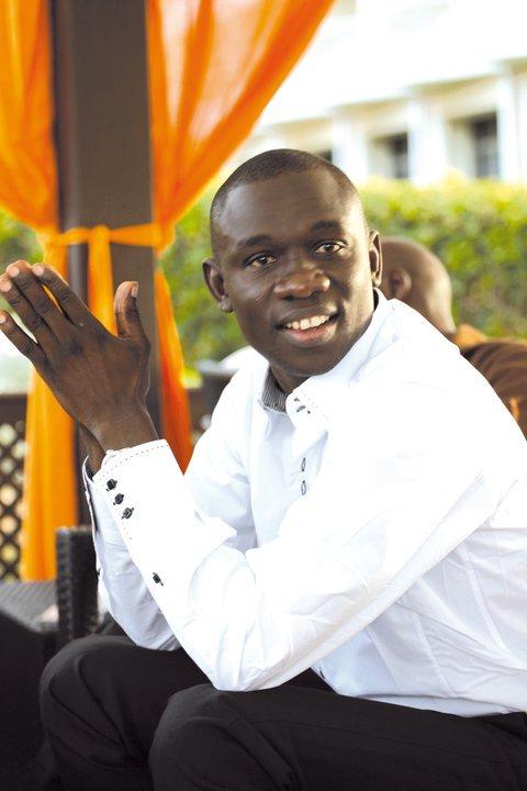 """Pape Diouf traite les Sénégalais de """" Seytaané """""""