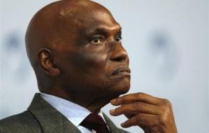 """"""" Nelson Mandela est mort à la tâche"""" selon l'ex-président sénégalais, Me Abdoulaye Wade"""