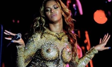 Choqué par le comportement de Beyonce sur scène, Jay Z reproche à sa femme de vouloir exhiber sa nudité