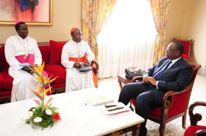 Macky Sall: J'ai échangé avec le Cardinal Sarr sur les questions ...