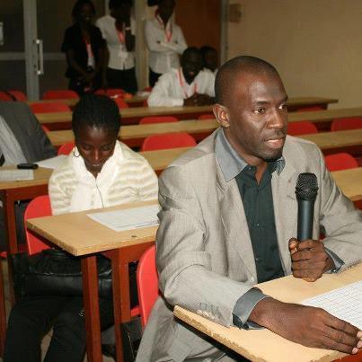 ACTUALITE: Un Professeur de lettre corrige les fautes de Tounkara, le correcteur public