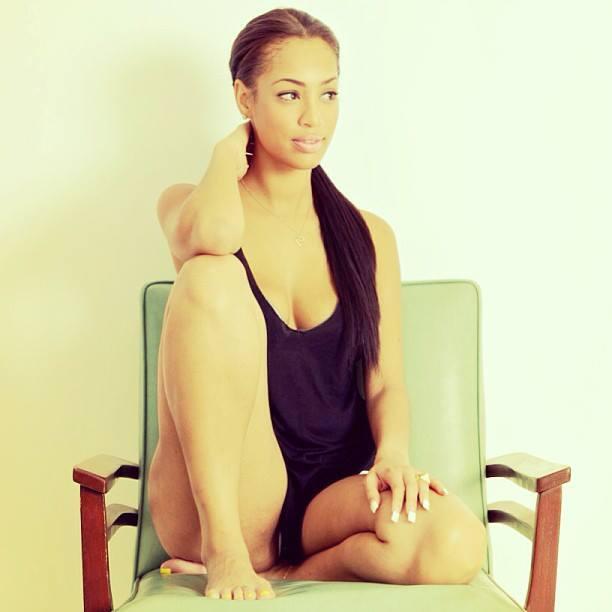 Aicha Ndiaye, une stripteaseuse et une sénégalaise pas comme les autres