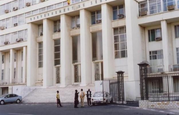 Téléphone coupé au Building et au Palais de justice: La République sourde et muette!