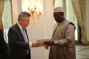 Le Commissaire européen au Commerce, Karel Degucht, à la tête d'une importante délégation reçue par Macky Sall