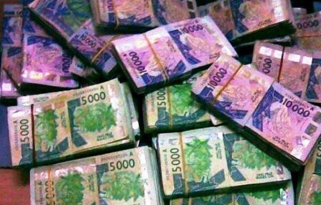 Le journaliste Abdoul Ba et Cie condamnés à 2 mois de prison pour faux et usage de faux en écriture de banque