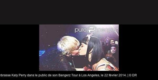 Miley Cyrus, déchaînée : Bouche-à-bouche avec Katy Perry en plein show !