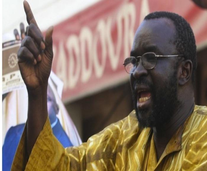 """Une bourde de Moustapha Cissé Lô sème le trouble à Porokhane : """"Marième Faye est la Sokhna Aïcha (la femme du prophète PSL) de Macky"""""""