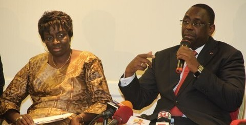 """Mimi Touré: """"Pas de brouille entre le président et moi"""""""