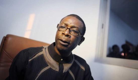 Incapacité de remplir un formulaire - Youssou menace d´aller chez le procureur