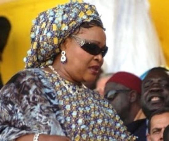 """Aida Ndiongue mise en demeure pour 41 milliards: """"Je suis victime de poursuites politiques"""""""