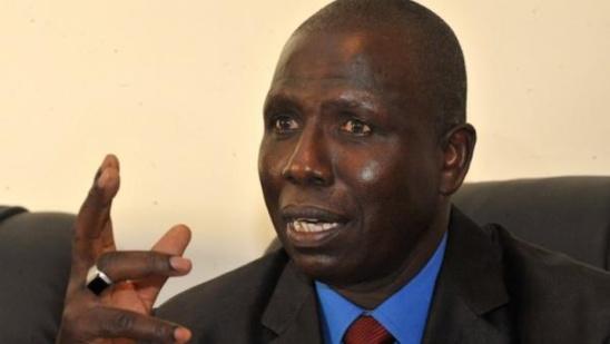 Parce que truffé de gris-gris de la tête aux pieds: Le Procureur Alioune Ndao refuse de saluer le fils de Wade