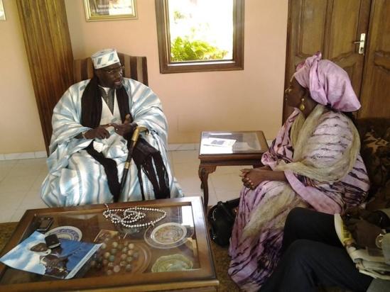 Oumou SY reçue par le Grand Serigne de Dakar Abdoulaye Makhtar Diop