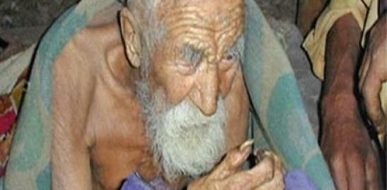 «La mort m'a oublié», dit l'homme le plus âgé du monde 179 ans (Inde)