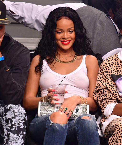 Rihanna a visiblement oublié quelque chose