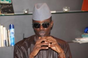 "Liste du Khalife à Touba: Serigne Modou Mbacké attaque Madiambal Diagne, le ""bras armé"" de Macky Sall"