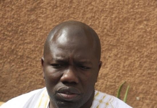Présenté comme l'espion de Youssou Ndour à D-Médias, Ahmed Aïdara sort de ses gonds