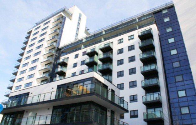 Londres-Un couple tombe en faisant l'amour sur la balustrade du balcon du 6ème étage: Les amants meurent sur le coup