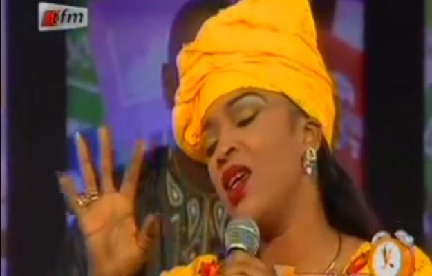 (Vidéo) Ambiance fête de la musique: tout le monde chante sur Yeewuleen… Regardez