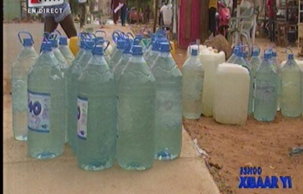 Vidéo: Coupures d'eau, La Sde assoiffe Liberté 6 Extension Regardez